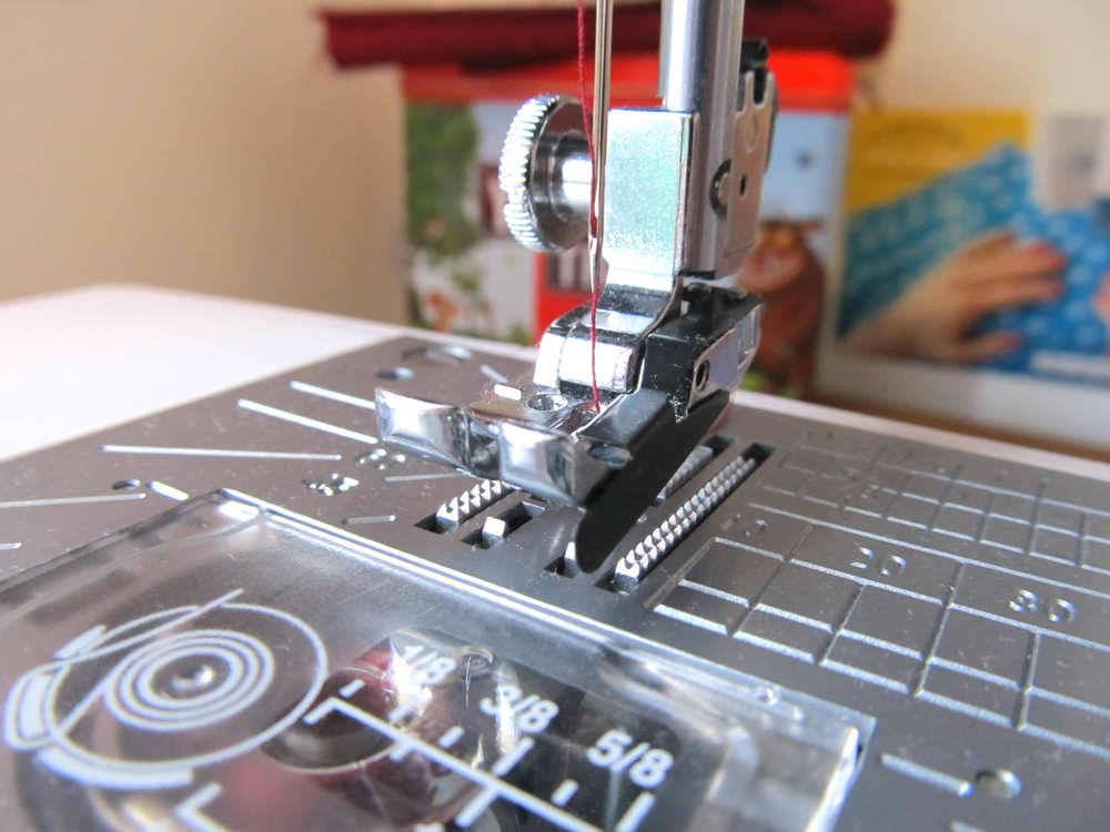 "1/4"" foot with guide - a wonderful addition to a seamstress' sewing arsenal"