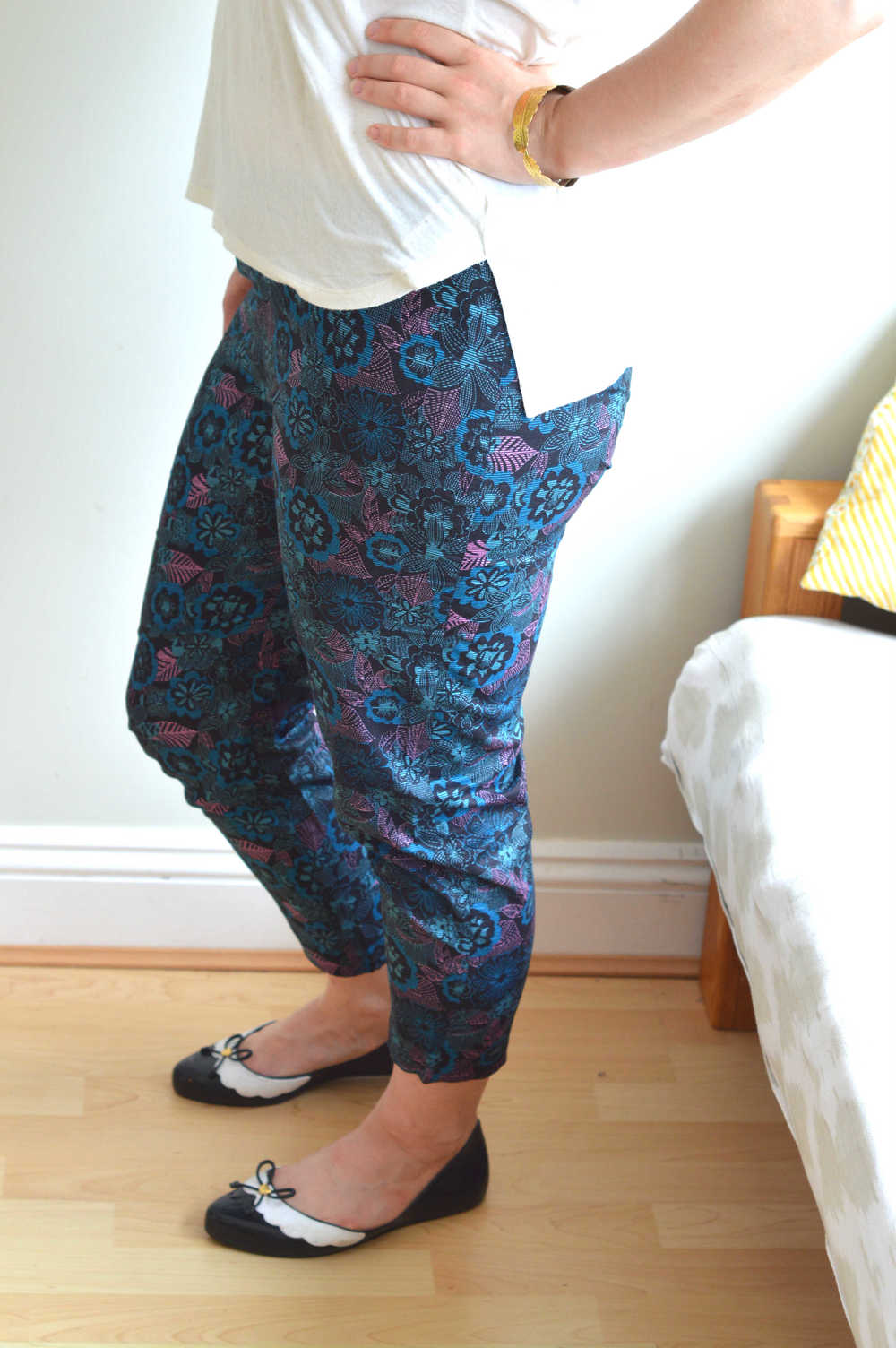 Capri trousers side shot