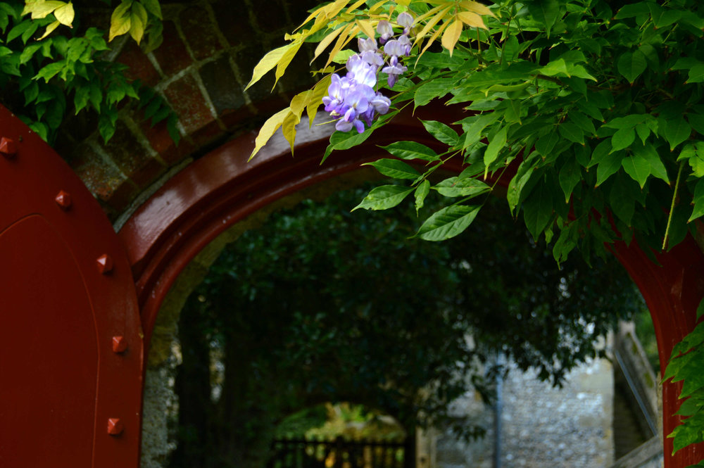 Arundel castle - archway.jpg