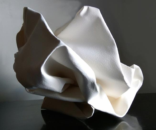 Título: Rocas de la Pedriza 3    Medidas: 40 x 40 x 30 cm.  Materiales: Papel Arches forjado