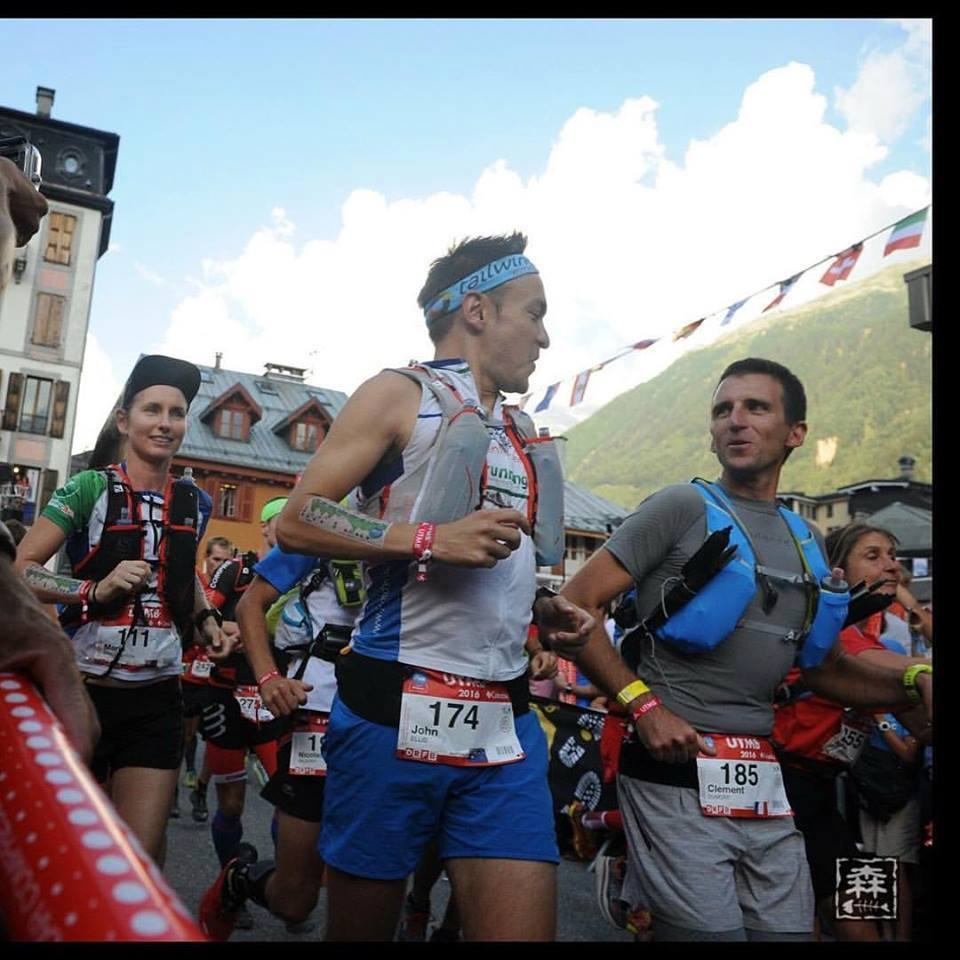 And John and Clement are off..... only 165km to go. Racing in the UTMB (Ultra Tacul de Mont Blanc) places unbelievable demands on mind, body and equipment. The NAKED running hydration band is designed for the most demanding athletes and distances.