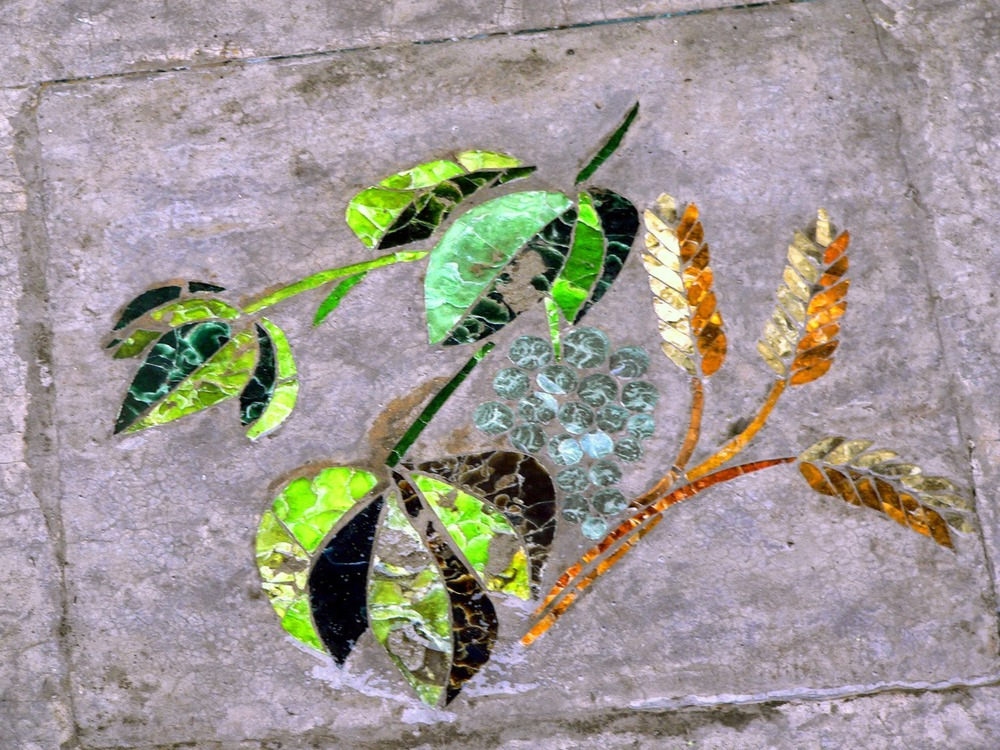 garden mosaic 4.jpg