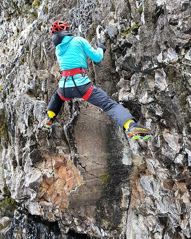 Mixing it up at another stellar clinic at The Bozeman Ice festival today. @dawnglanc showing us how its done. Think I've found a new passion, with this whole tools and crampons on rock thing!