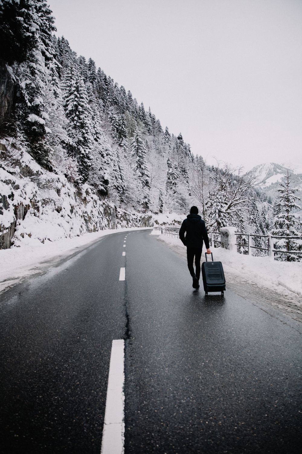 On the roads of the Swiss alps, shot last week on a beautiful snowy day. Check the travel case  here .