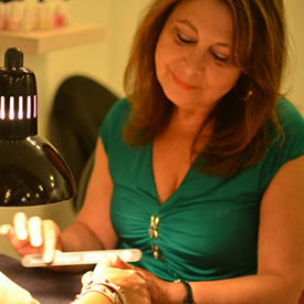 With 40 years of experience, Zena has not only owned her own nail salon on the prestigious Oak Street in Chicago, but also provided top-notch service to the Gold Coast patrons at many of the neighborhood salons. Her clientele list spans from Chicago socialites to celebrities from here and abroad - including Chicago's very own Oprah Winfrey and  Shark Tank's  Lori GreIner. She specializes in European manicures and pedicures that leave all of her guests elated. As featured in Refinery29, She currently offers the Time Saver Package -- Have a manicure and/or pedicure while receiving any services at Gloss!