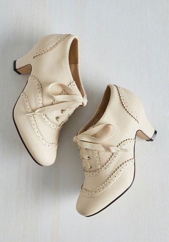 Ivory Close Toe Heels