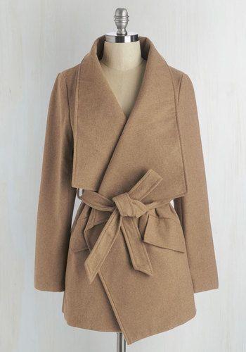 Large Lapel Jacket In Tan
