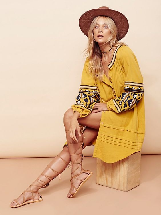 Love the dress  + the sandals so much in this look! And, that hat is the only accessory she really needs.