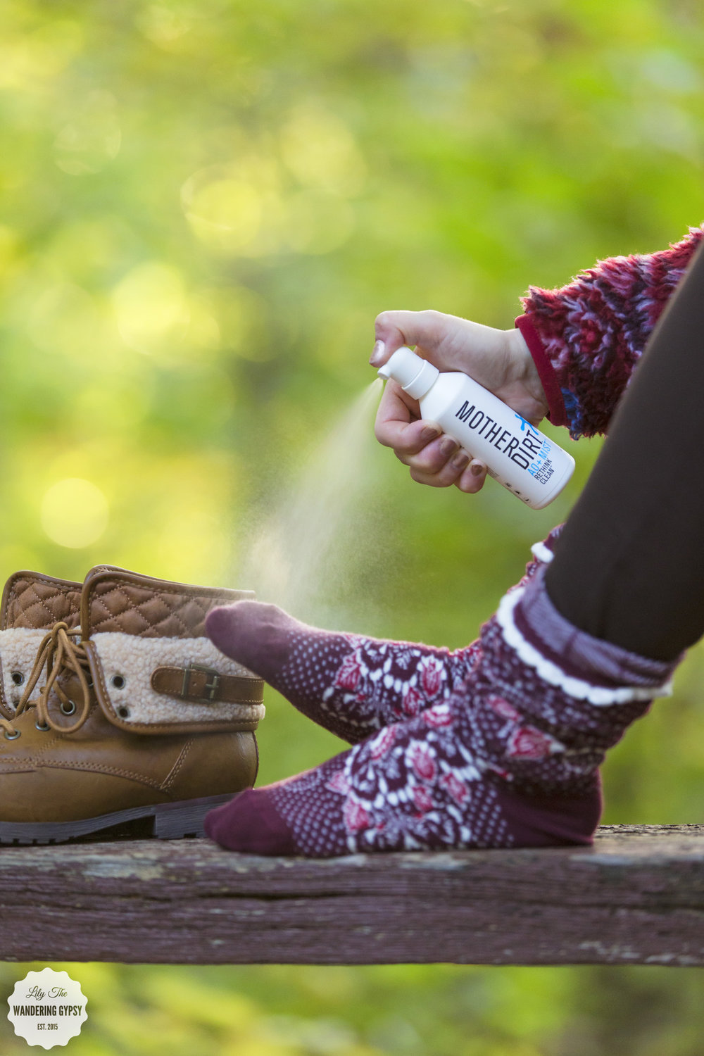 Hiking + #HealthySkinSolutions with Mother Dirt
