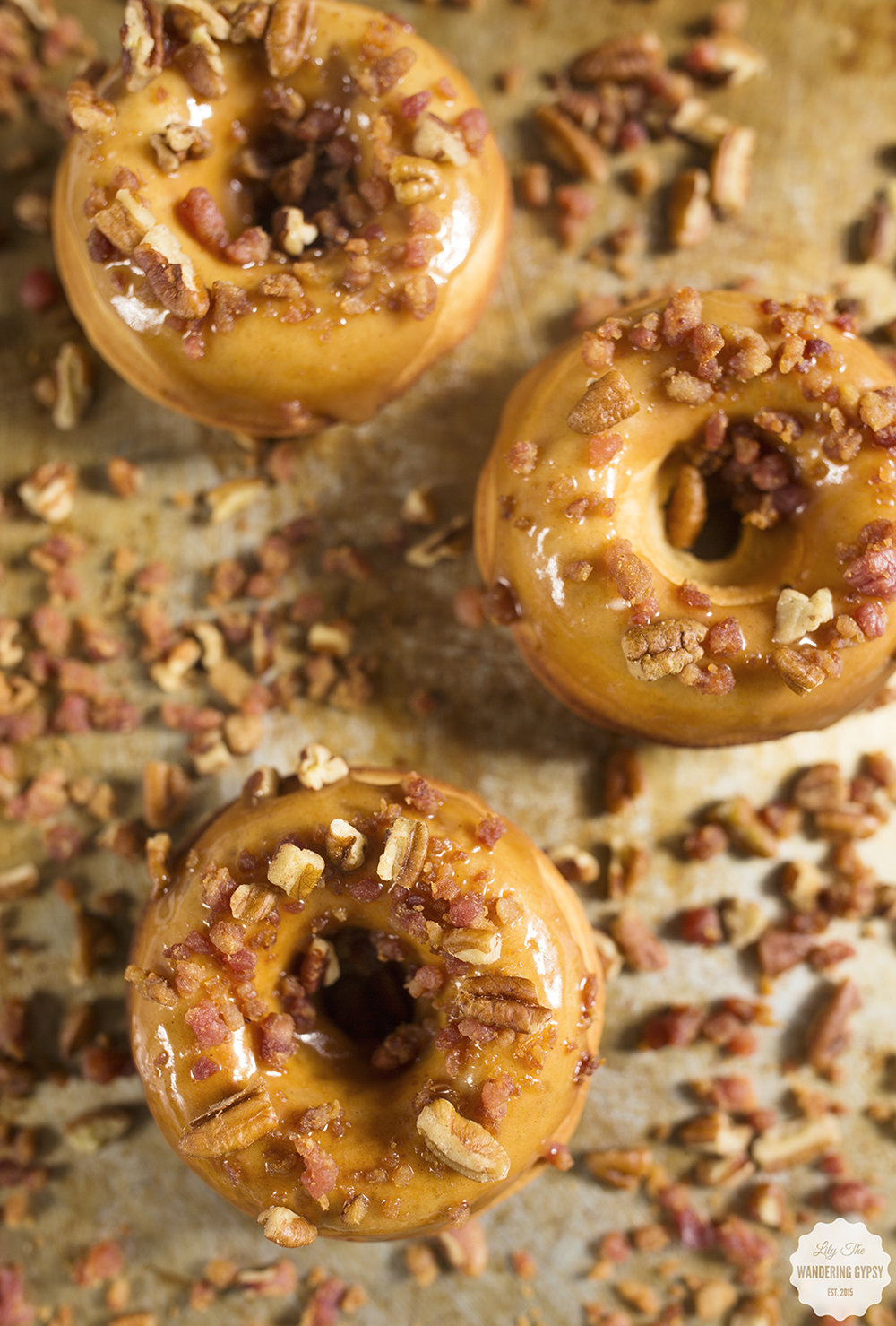 These Baked Apple Donuts with Maple Bacon Pecan Glaze are out of this world!