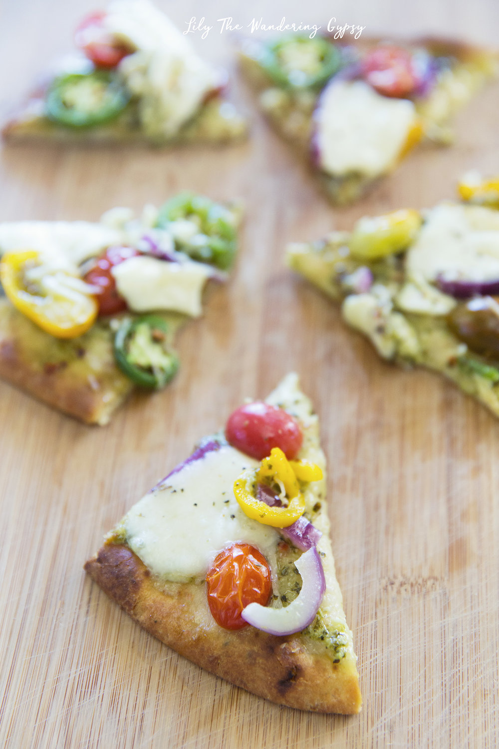 #ElevateYourPlate with this Vegetarian Flatbread Pizza Recipe
