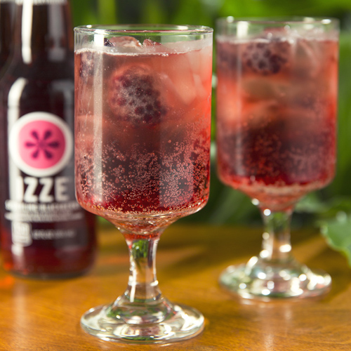IZZE Blackberry Cocktail - Get The Recipe