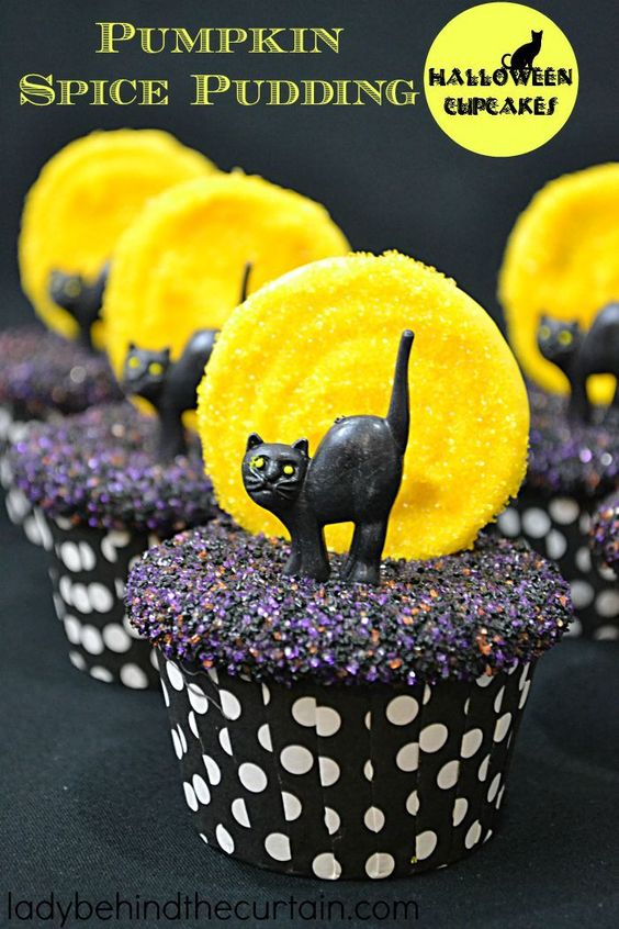 Black Cat Full Moon Cupcakes