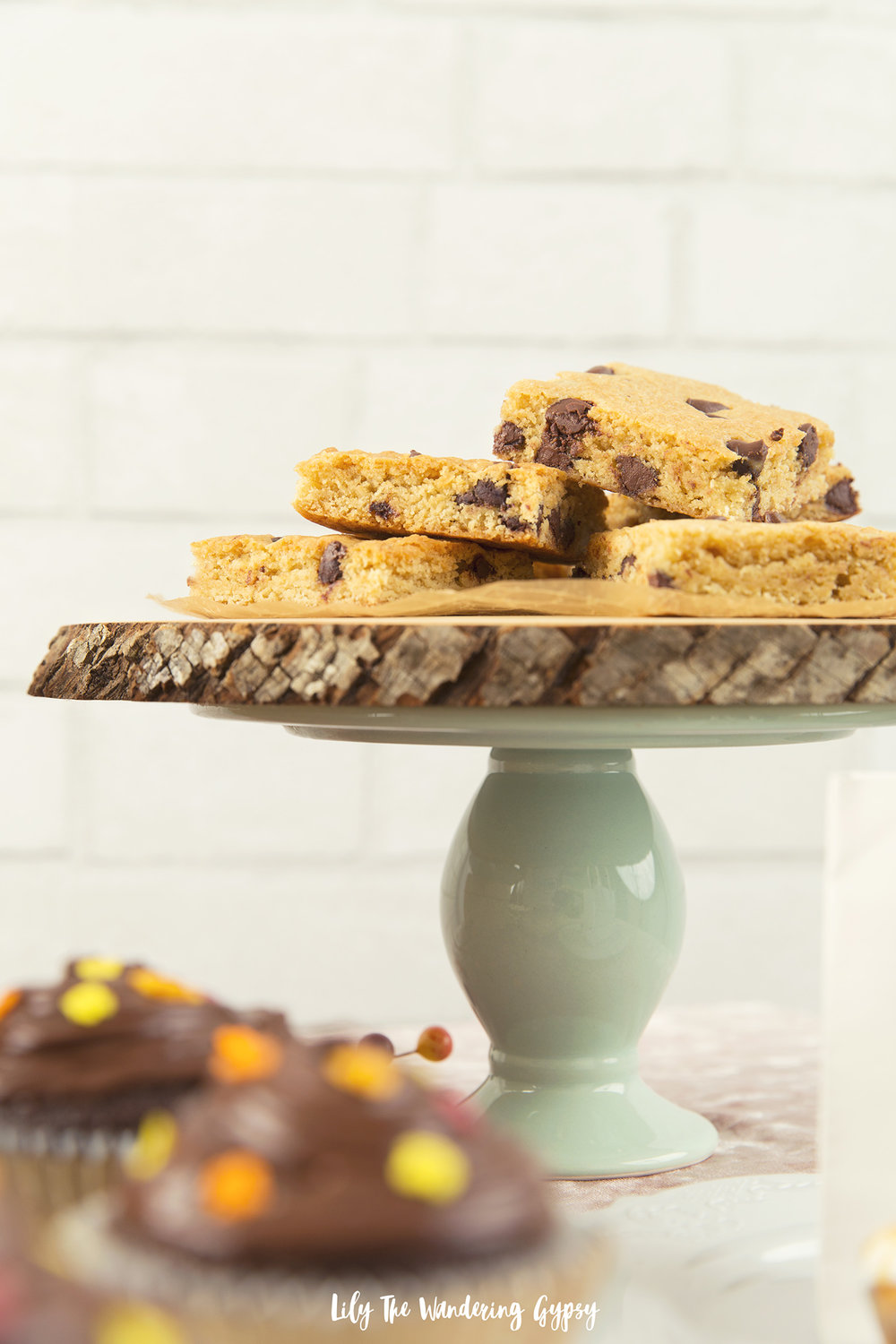 Chocolate Chip Cookie Bars on Mint Cake Stand