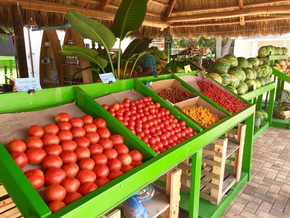Paradise Produce Stand