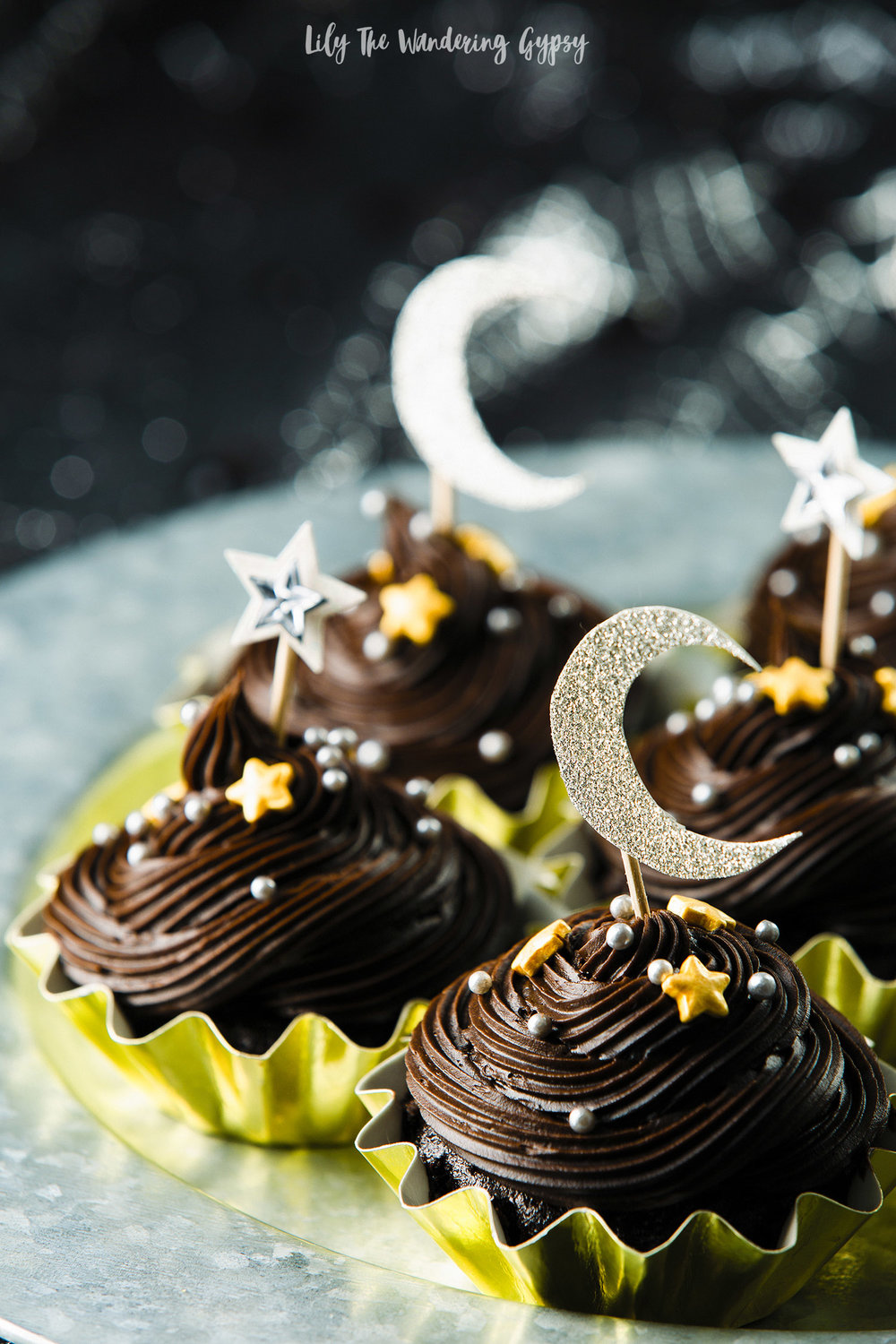Dark Chocolate Crescent Moon Cupcakes#7MoonsWine #MadeForTheMoonlight #CollectiveBias