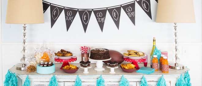 Football Party Ideas with Glad Forceflex  - cute and easy treat ideas!