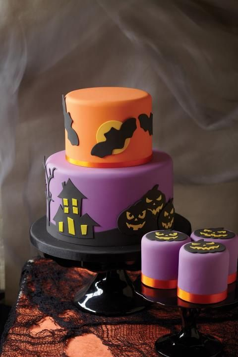 A perfectly decorated two tier cake to inspire your Halloween!