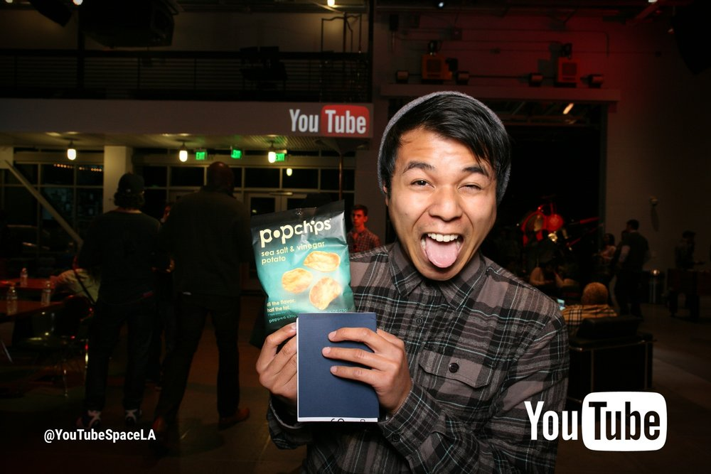 VISITING YOUTUBE SPACE LA FOR THE FIRST TIME. I WAS VERY EXCITED TO GET FREE CHIPS.