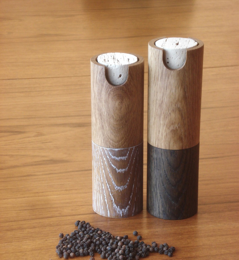 Salt and pepper mills.jpg