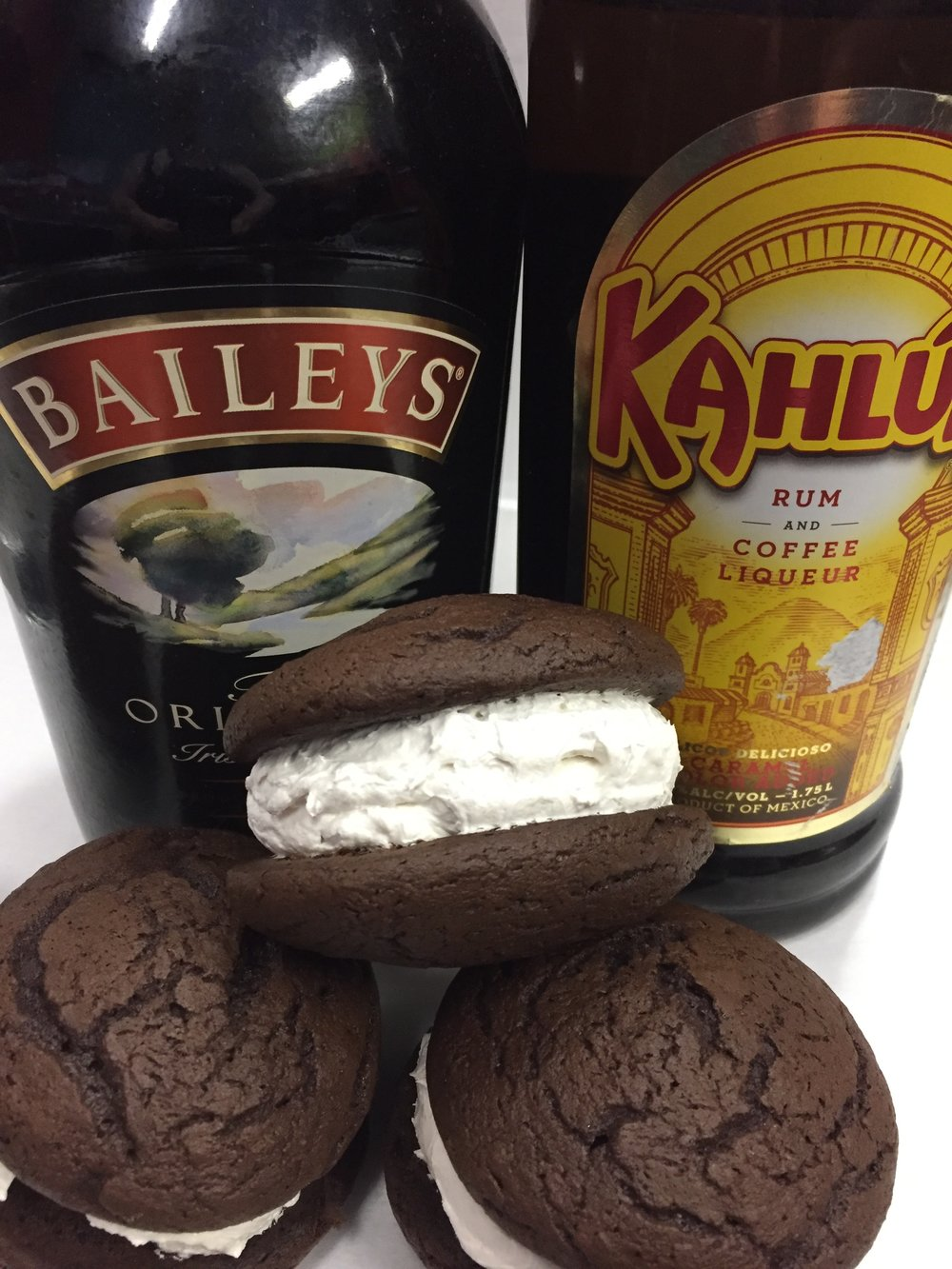 Mudslide   Chocolate cookie with Baileys and Kahlua filling