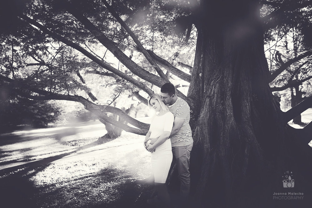 Maternity Photography Session - Marquand Park Princeton NJ