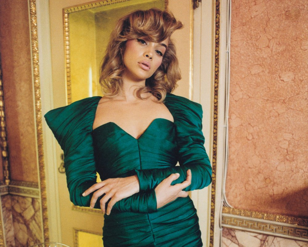 JASMINE SANDERS BY WIISSA - CR FASHION BOOK   -