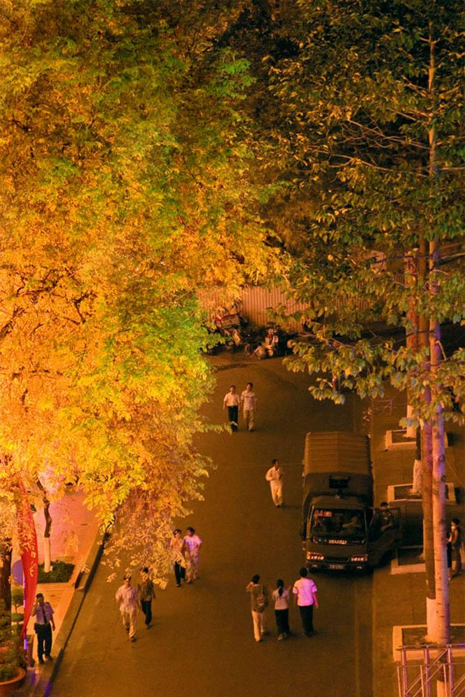 V_2005_4_30 HoChiMinhCity2.jpg