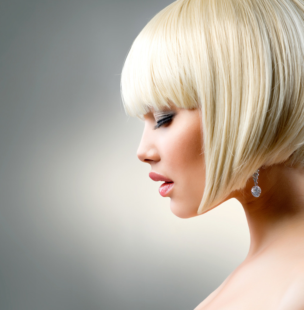 photodune-4608127-beautiful-model-with-short-blond-hair-m.jpg