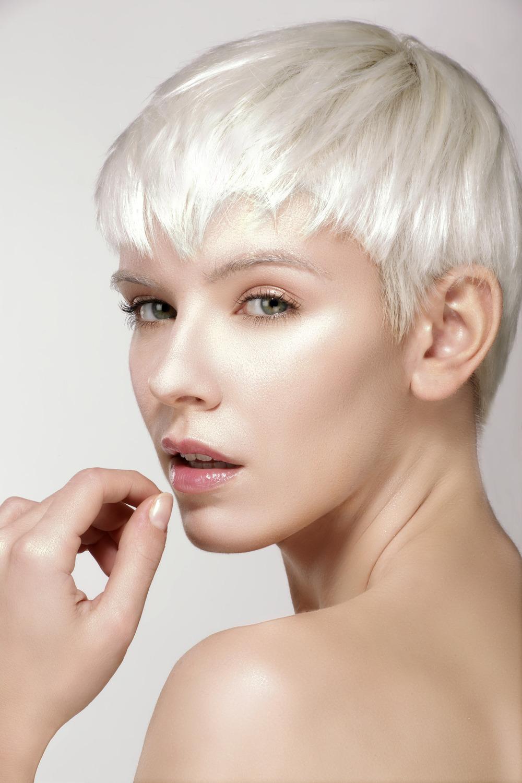 photodune-10348801-beauty-model-blonde-short-hair-showing-perfect-skin-m-2.jpg