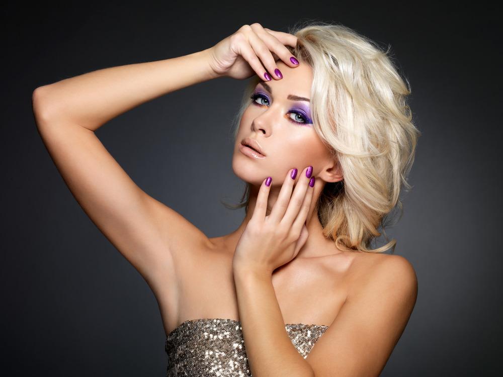 photodune-5281059-beautiful-woman-with-beauty-purple-manicure-and-makeup-of-eyes-m.jpg