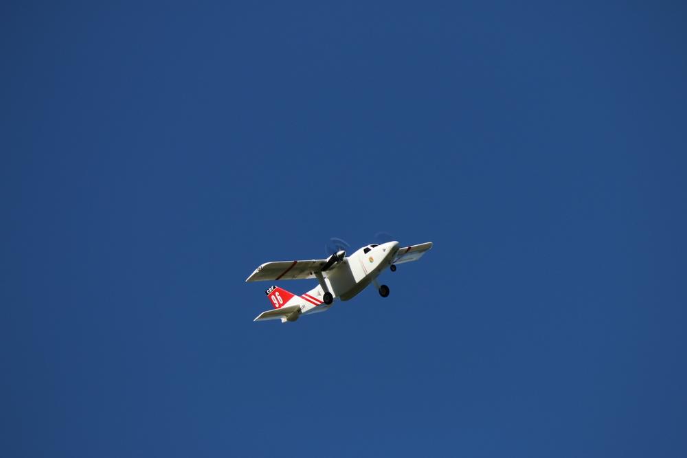 plane IMG_2283.jpg