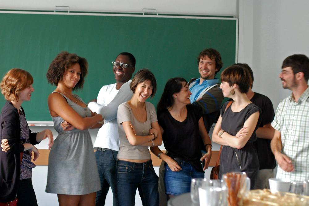 Melissa Valle with summer school participants at the University of Vienna