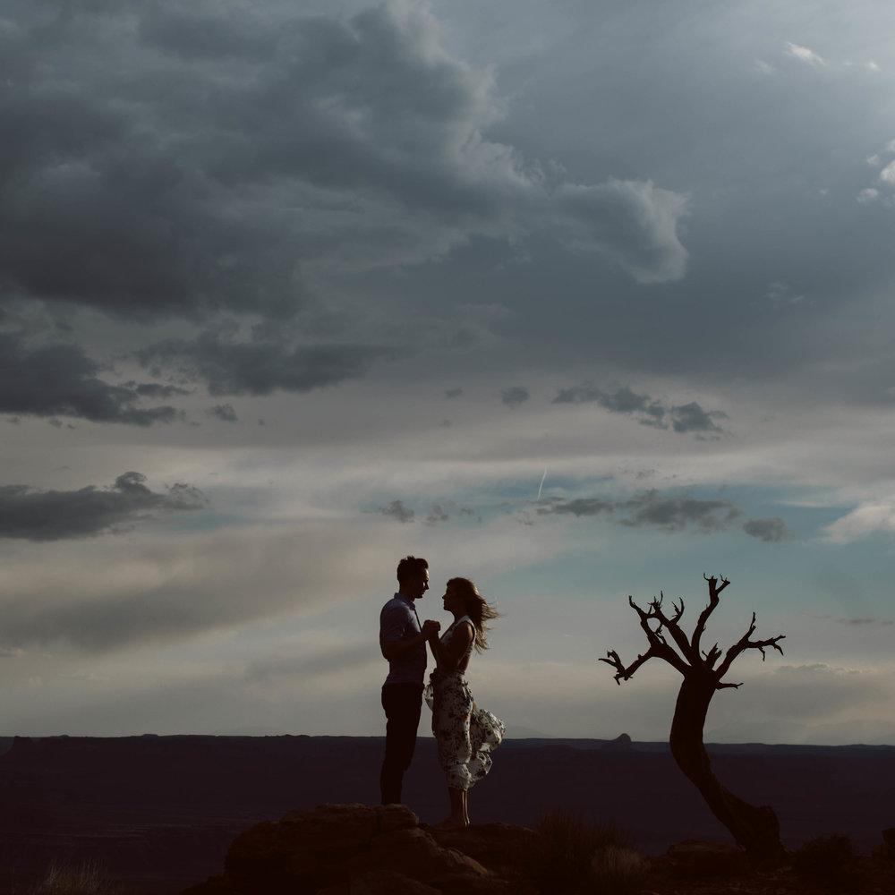 utahdestiantionadventureelopementphotographyromantic