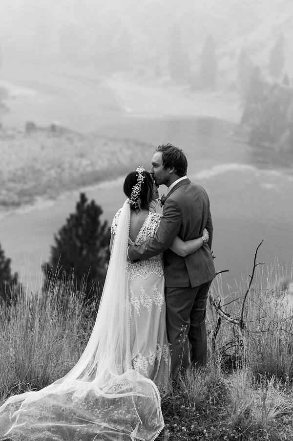 Haley-Nord-Photography-Mackay-Bar-Ranch-Wedding-Salmon-River-Wedding-Destination-Idaho-Wedding (69).jpg