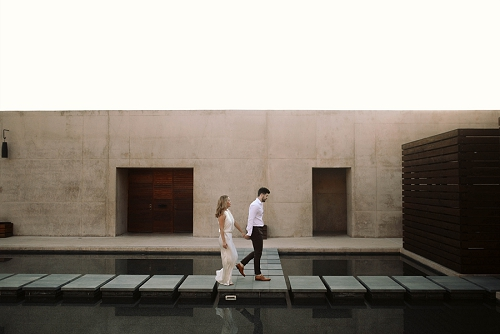 Romantic engagement photos at Amangiri resort in Utah desert