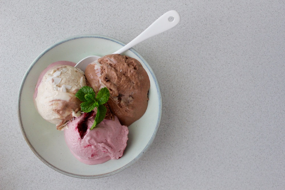 NEAPOLITAN ICE CREAM - vegan, plant based, dairy free, gluten free, raw, chocolate, strawberry, vanilla bean,   whole foods, no refined sugar, ice cream, recipe, easy  , natural  , recoveringraw.com, recoveringraw