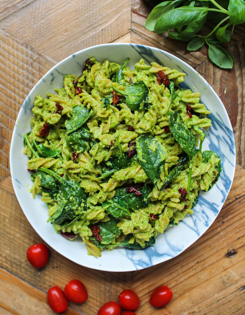 PESTO PASTA WITH SUNDRIED TOMATOES - vegan, dairy free, gluten free, egg free, healthy, high protein, easy, greens, recoveringraw.com
