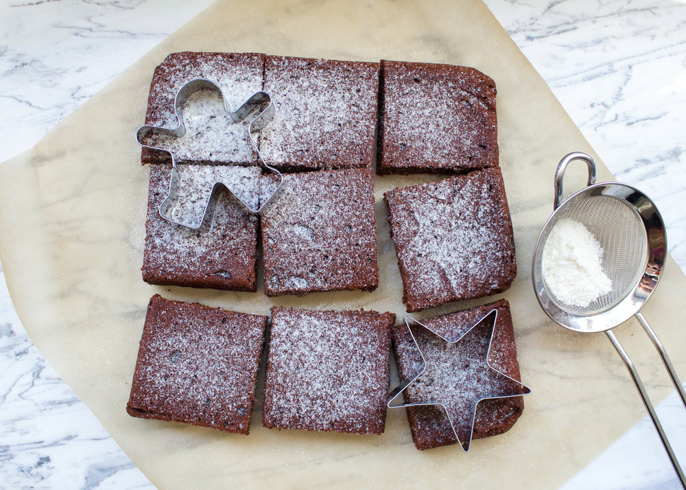 Recovering Raw | Vegan Gingerbread Brownie Recipe | Gluten Free, Healthy, Refined Sugar Free