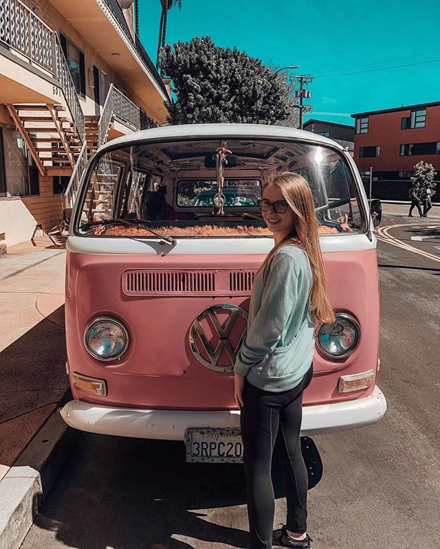Fingers crossed that next time I visit California I'll be driving down the coast in a VW Kombi 🤞🏼 The dream 💭🗺