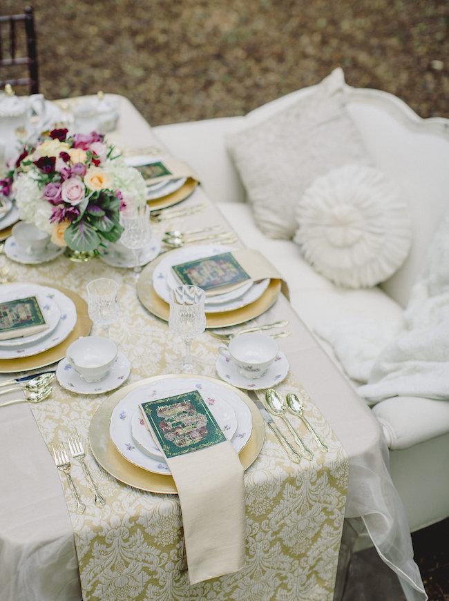 Romantic-Styled-Shoot-Luxe-Linen-6.jpg