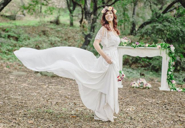 Romantic-Styled-Shoot-Luxe-Linen-11.jpg