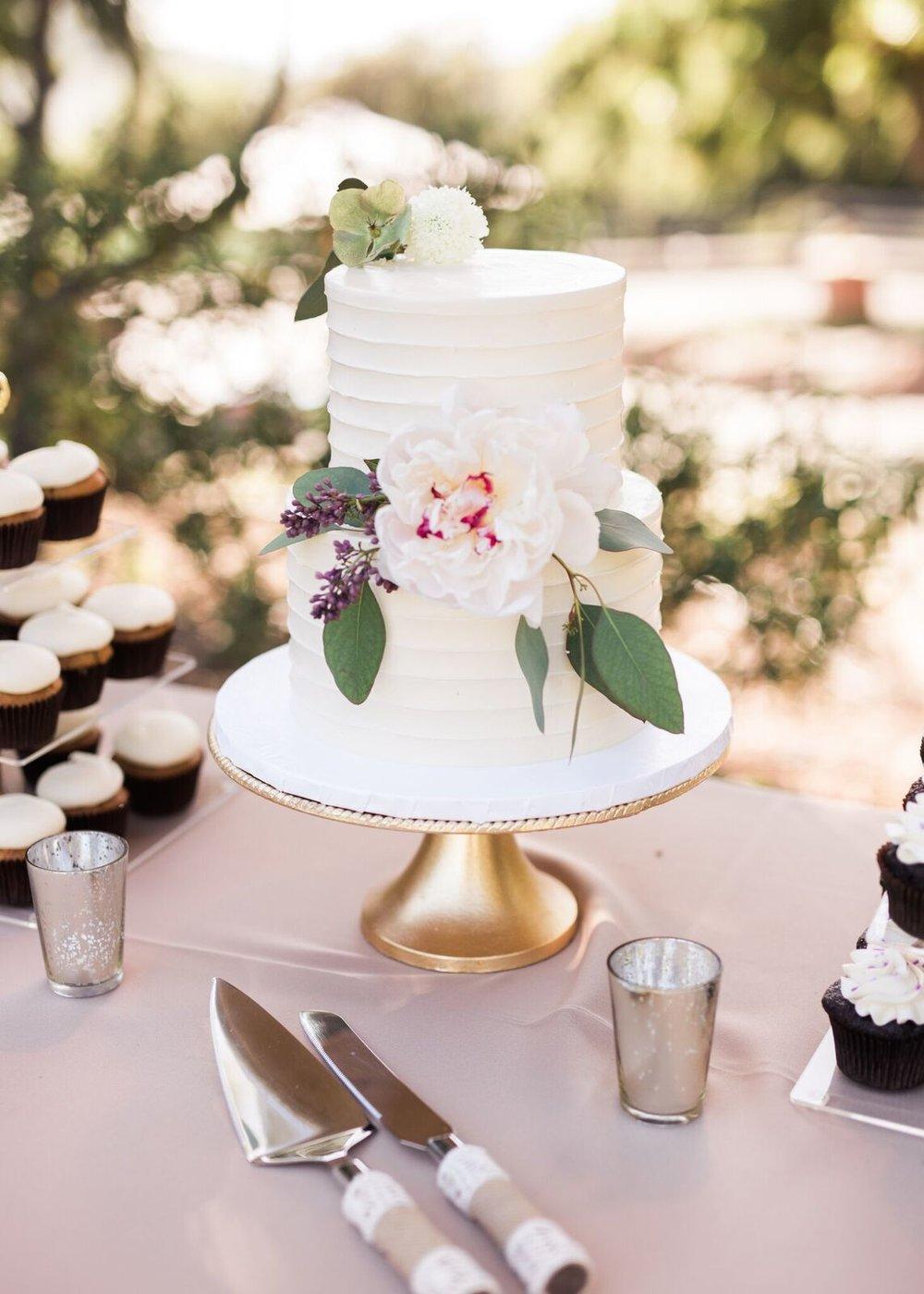 genny-aaron-wedding-burlap-and-bordeaux-sara-wier-photography-78_preview.jpg