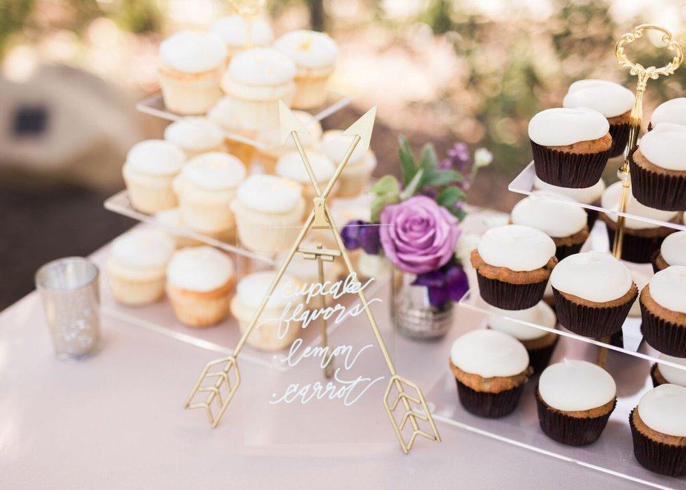 genny-aaron-wedding-burlap-and-bordeaux-sara-wier-photography-80_preview.jpg
