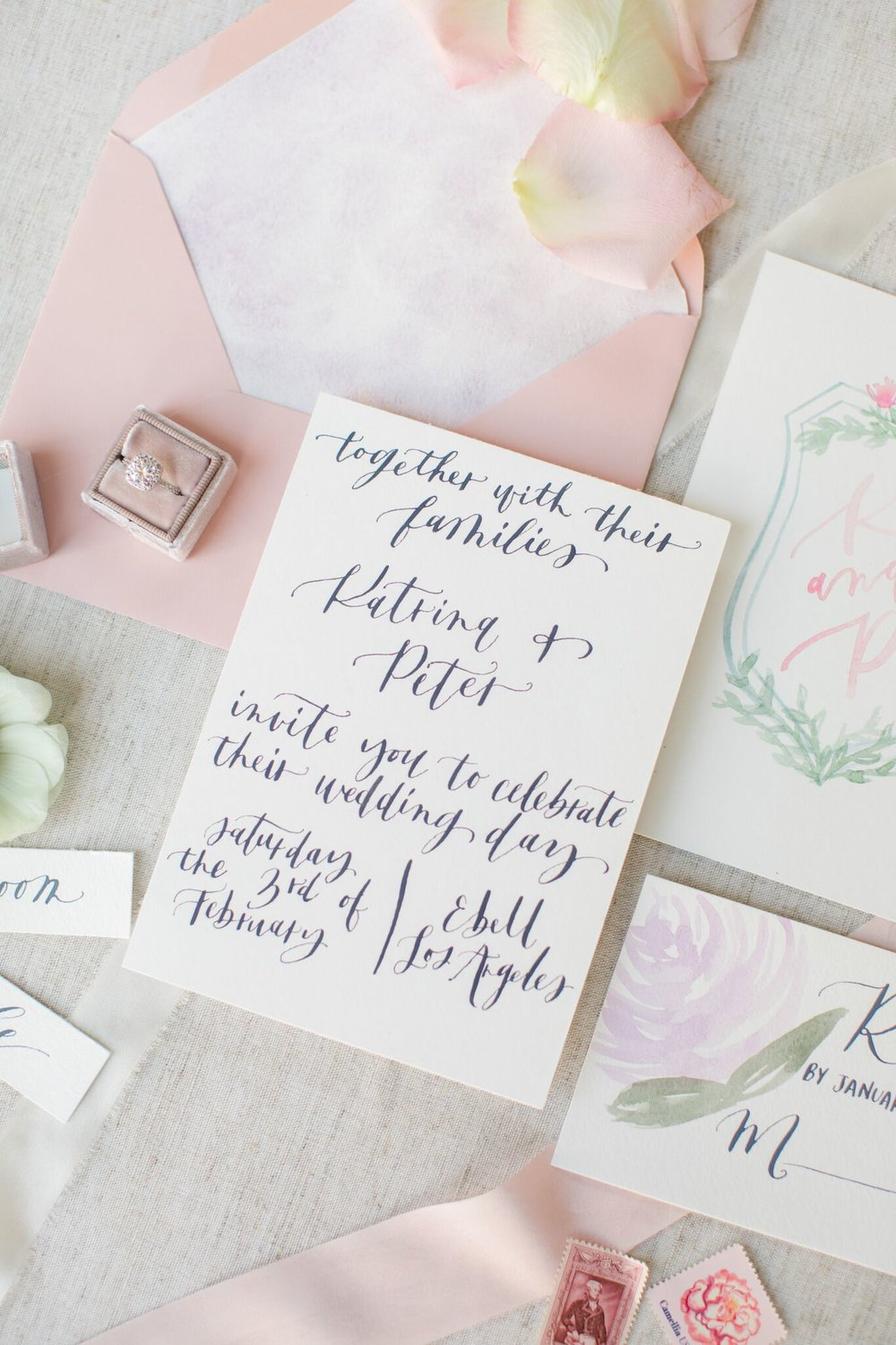burlap-and-bordeaux-wedding-planning2.jpg