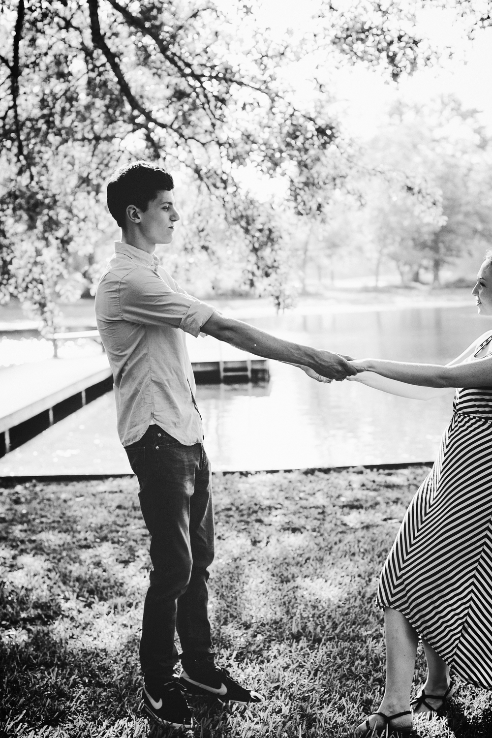 Johanna Grace Couples Photographer