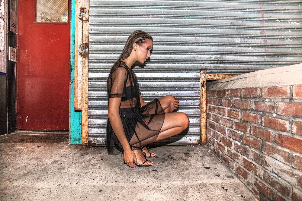 Suzanna-kneeling.jpg