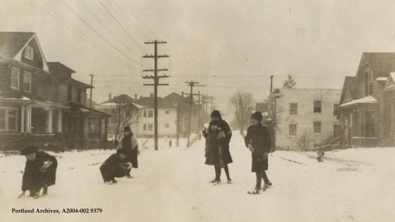 28th + Belmont (1922)