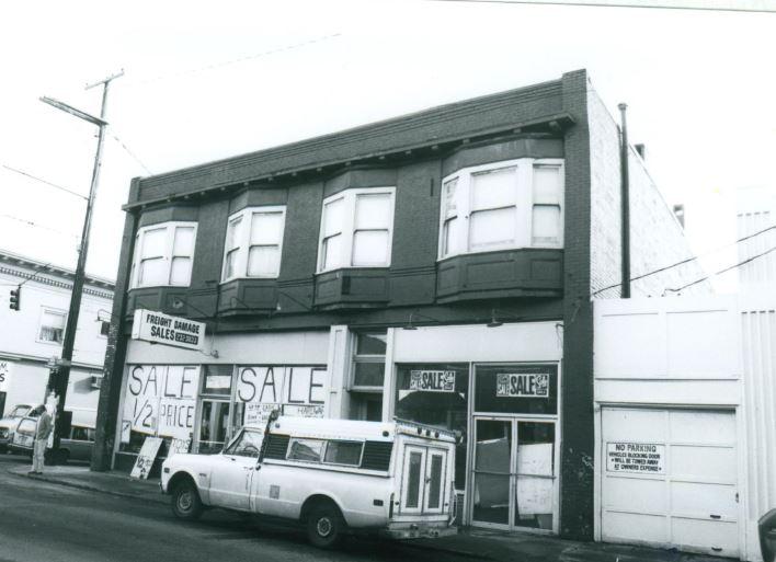 3352 SE Belmont, 1988