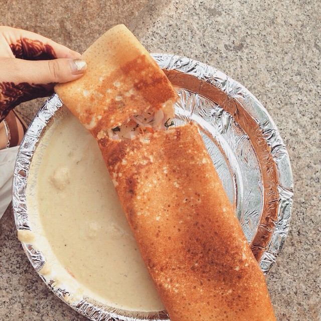 Onion #Dosa 👌🏽 famous food of South #India 🇮🇳😄 #FoodOfIndia #Incredibleindia #Indianadventure